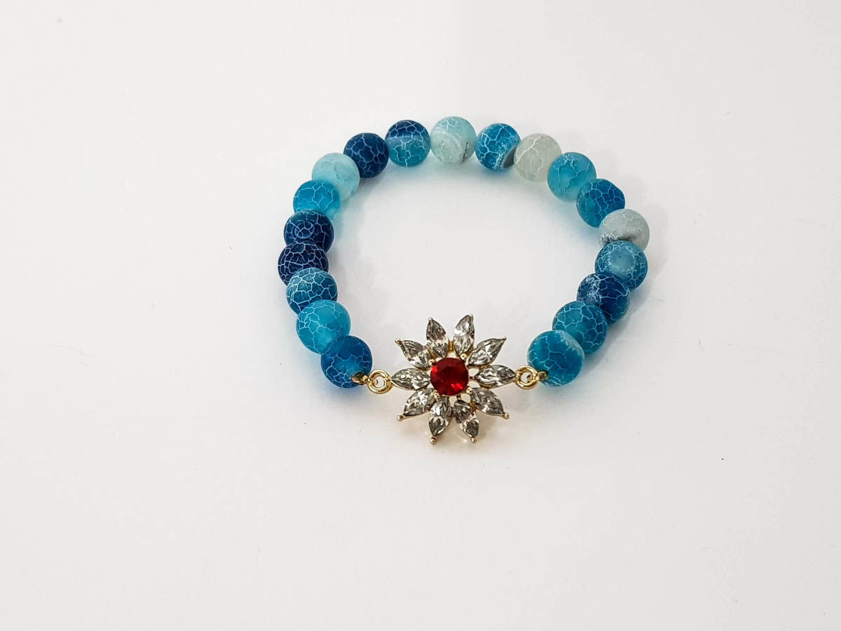 Blue agate stone and star bracelet for woman