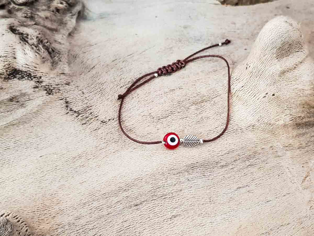 Red Evil Eye Leaf Brown String