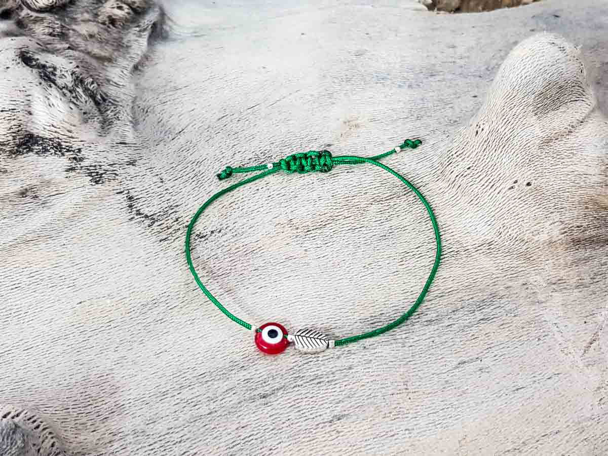 Red Evil Eye Leaf Green String