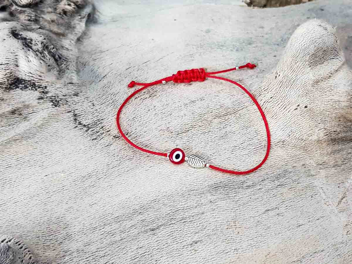 Red Evil Eye Leaf Red String
